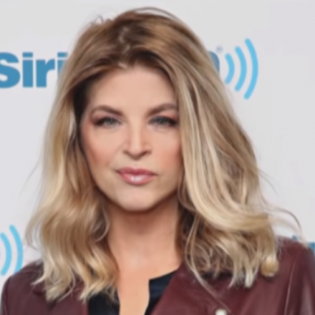 Kirstie Alley Calls Out